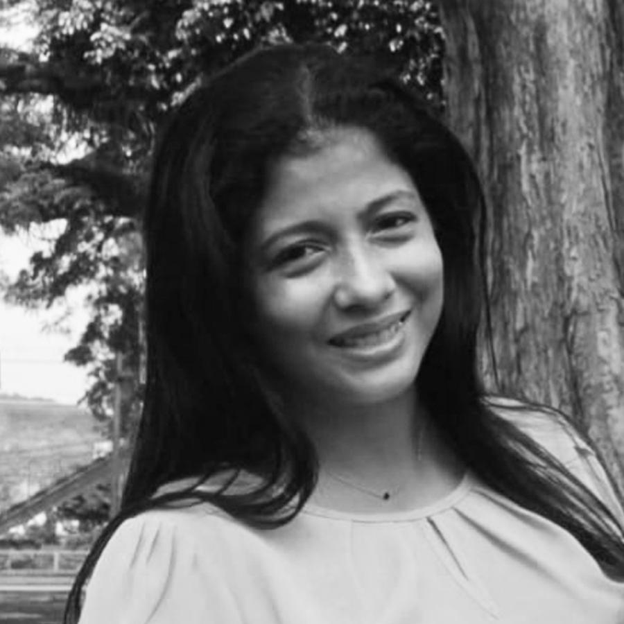 Jeaneth Estévez - Starholding